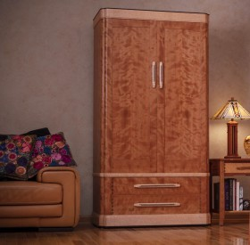 Warrens Armoire